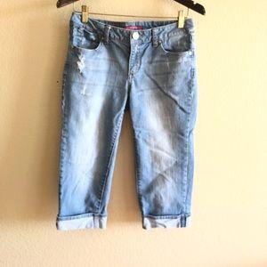 🛍VIGOSS || Capri Destroyed Jeans